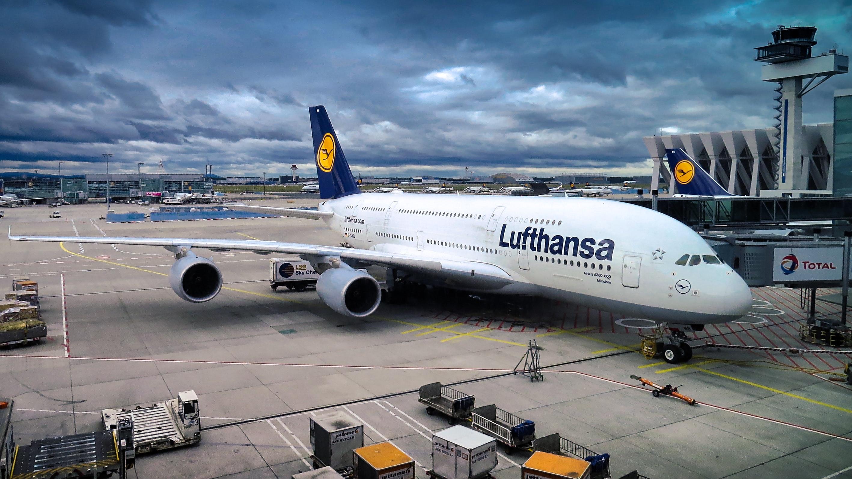 retard Lufthansa CityLine